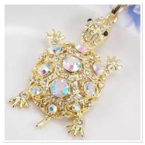 Jewelry - Rhinestone Turtle Pendant Necklace 🐢🐢🐢